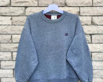 vintage!!! NCAA sweatshirt  spellout embroidered small logo..vintage sweatshirt.. size XL