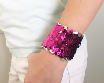Reversible Sequin Mermaid Kids Braclet, Double Sided Sequins, Girl Accessory, Draw on Sequins, Fidget toy, Sensory tool, pink and Silver
