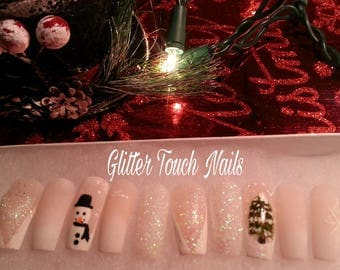 Snowy Outdoorzy | Christmas Nails | Med Press on Nails | Coffin Nails | Glue on Nails | False Nails