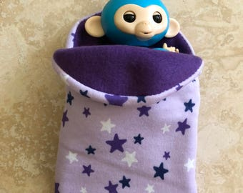 Fingerlings Finger Monkey purple star sleeping bag accessory