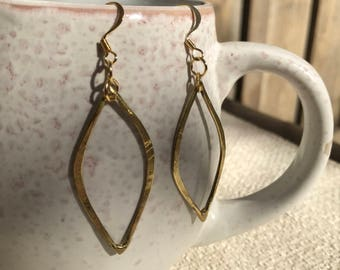 Gold Eye-shaped Dangle Earrings, Dainty Hammered Gold Earrings, Trendy Jewelry, Gifts for Her