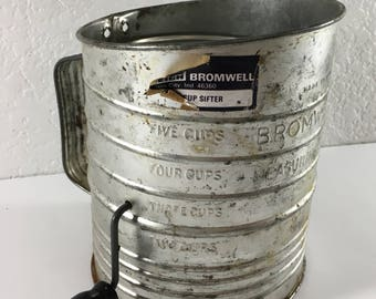 Vintage Bromwell 5 Cup Flour Measuring Sifter Metal Farmhouse Kitchen Decor Rustic