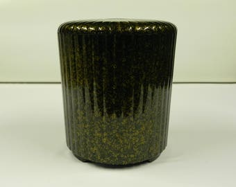 1970's era Georges Briard ice bucket looks like Japanese lacquer