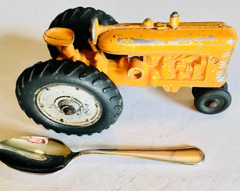 VINTAGE 1940's (or so) Rare find Die-cast Yellow Gold tractor