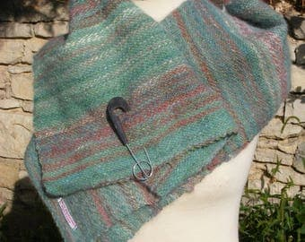 Hand woven scarf made of hand-woven dog hair/samoyed-hand woven fabric for further processing
