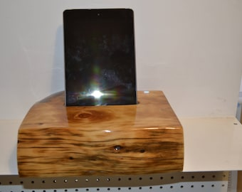hand made Ipod docking station