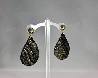 Genuine leather teardrop cut earring with gold sun etched stud