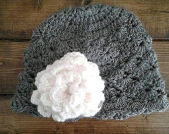 Child beanie with flower, beanie with flower, winter hat, Crochet beanie, kids beanie with flower, hat with flower, beanie, kids hat, bow