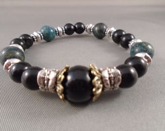 Black accent beaded braclet