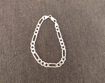 Silver flat link bracelet