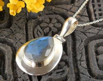 Labradorite sterling silver pendant/necklace