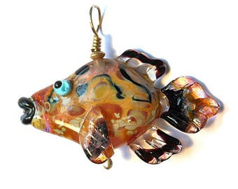 Pink fish necklace, glass bead pendant, Lampwork Glass Beads, ocean handmade focal bead, organic orphan bead, jewelry supplies, SRAJD, CGGE