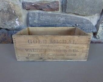 Vintage Walter Baker & Co. Wood Dovetail Box Premium Chocolate Dorchester MA