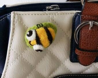 Brooch pin wool felt needle felted yellow black busy bee leaf