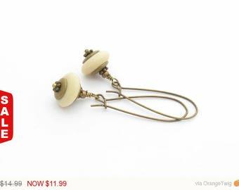 Cream Drop earrings Boho Earrings Antique Gold Brass dangle earrings everyday earrings long earrings bridesmaid earrings Off White earrings