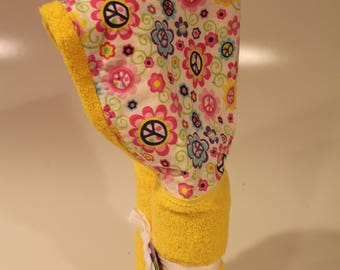 Peace flowers yellow hooded towel