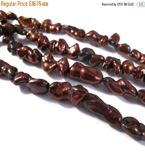 SALE 50% off - Dark Red / Brown Pearl Beads, 16 Inch Strand of Nugget Pearls, 17mm x 9mm, 30 Pearls Per Strand, Jewelry Supplies (P-N4)