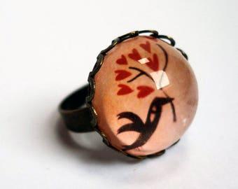 The bird of BA146B hearts ring