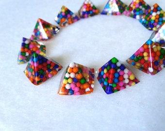 Candy Pyramid Spikes Non-edible Glue On
