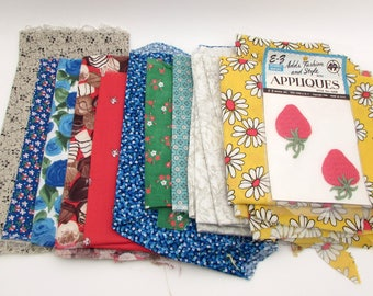 Vintage Fabric Bundle - Quilting Scraps - Calico - 1960s 1970s modern - Cotton scraps - destash - floral
