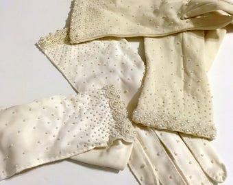 2 Vintage White Beaded Gloves Glass Beaded Gloves Formal Gloves Size 7.5