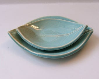 Ceramic Persimmon Leaf Plates/ Spoon Rest, Nested, Blue Green