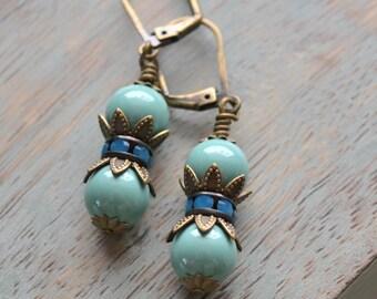 Aqua Jade Pearl Earrings, Vintage-Inspired Pearls, Romantic Wedding, Pearl and Rhinestone, Swarovski Pearl, Bridesmaid Gift, Something Blue