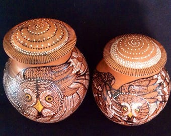 Mica Cremation Urn with Owl, Raven, Eagle, Bear, Fox, Hummingbird, Dragonfly or Custom Design in 6 Sizes