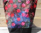 Insulated Lunch Bag - Floral Batik