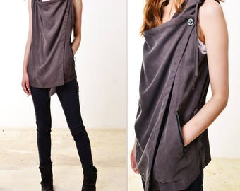 SALE - Courage - Tencel vest with hood (P3101)