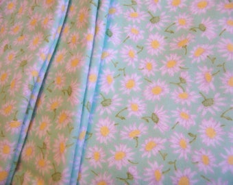 sweet flannel daisies blanket and burp cloths