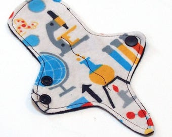 ULTRATHIN Reusable Cloth Pad 7 inch Adjustable Thong liner - Science Black Back - Cotton flannel top