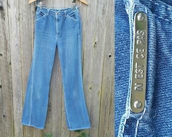 "Vintage Jeans  //  Vtg 70s 80s N'EST CE PAS? Mid Rise Faded Indigo Flared Jeans with Pocket Detail  //  26"" waist xs"