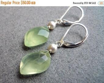 20% off FLASH SALE, Prehnite earrings, Green Earrings, Appletini at the Club prehnite earrings