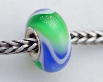 Unique Green/Blue Dichroic Dillo - Artisan Glass Bracelet Bead - (AUG-61)