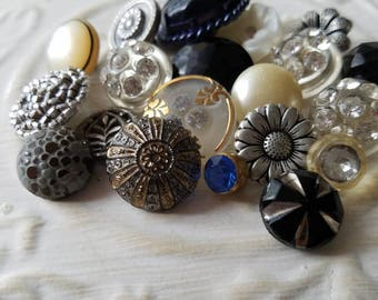 Vintage buttons 17 romantic assortment  metal, glass, rhinestones, assorted ages (june 444 17)