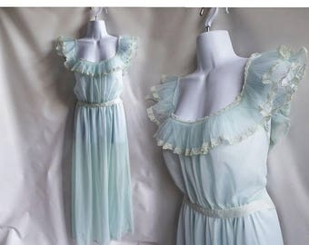 50s Vintage Negligee Size L 38 Blue Lace Nylon Nightgown Nightie 60s