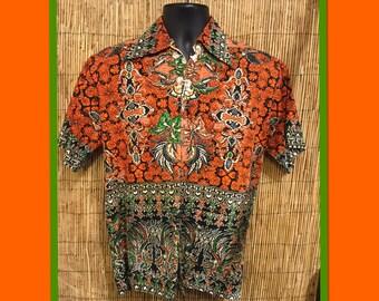 Vintage 1960s/70s Hawaiian shirt..Terrific print !!!!