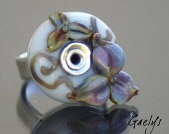 Salina - Bague lampwork vert d'eau, fleurs raku, multicolore - anneau argent martelé - Gaelys