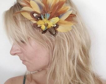 Feather Fascinator, Hairpiece, Hair Clip, Wedding, Kentucky Derby, Renaissance