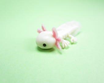 Axolotl totem, axolotl figure, decoration, axolotl miniature. polymer clay, animal totem, desk decor figurine, axolotl gift, cute animal pet