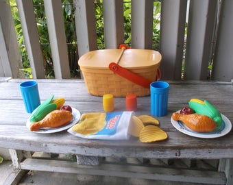 1987 Fisher Price Fun with Food Pack-A-Picnic Set