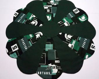 Michigan State University Reversible Table Topper - St. Patrick's Shamrocks on the Back