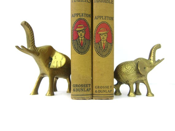 Small Brass Elephants figurines Heavy Brass Pair of Animals Set of Elephants modern Home decor mid century brass bookends Retro Ranch GS