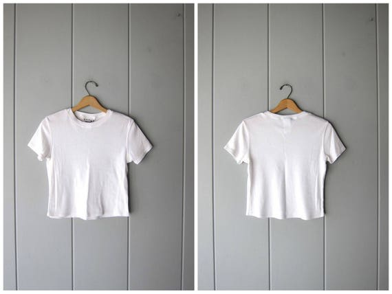 90s White Tshirt Basic Tee Shirt Cropped Boxy Tee Simple Minimal Modern Vintage White Cotton Blend Top Casual Crop Tee Shirt Womens Medium