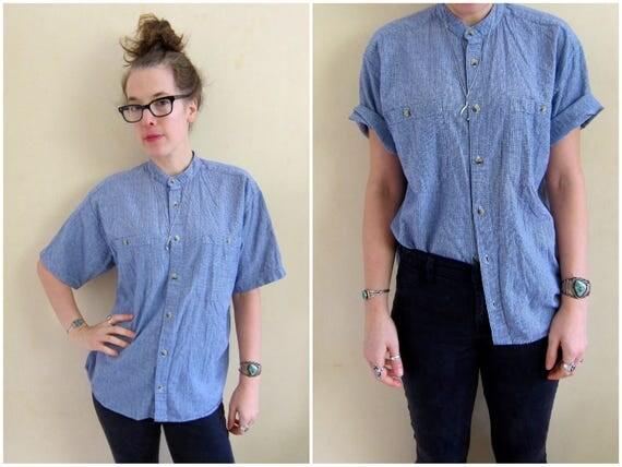 90s Button Up Tomboy Shirt Short Sleeve Top Blue White Woven Cotton Preppy Shirt Minimal Pocket Tee Collarless Shirt Womens Medium