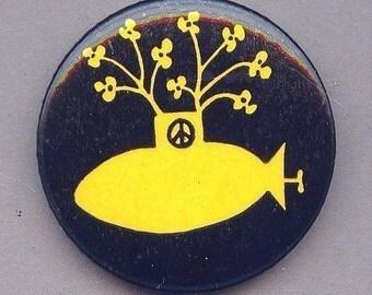Orig. 1968 YELLOW SUBMARINE - Flower Power - PEACE Pin