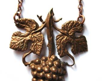 * Art Nouveau necklace * bunch of grapes