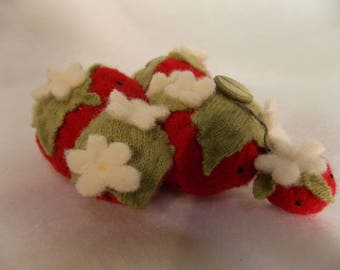 Felted Strawberry Pin Cushion~Felted Wool Pin Cushion~Red Felted Pin Cushion~6 Strawberry Pin Cushion