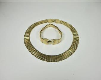 Vintage Gold tone Metal  Choker Necklace and Bracelet Set.